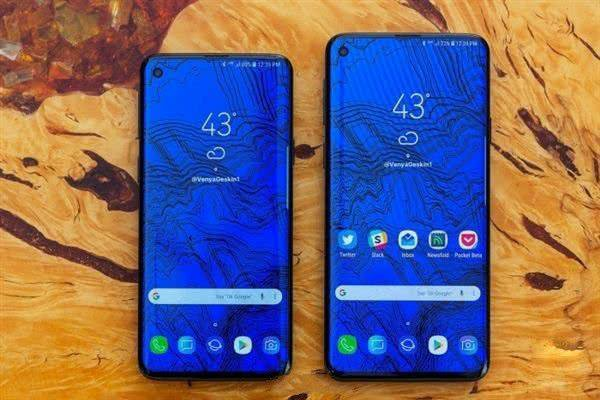Samsung galaxy s10 and galaxy S10 Plus side by side picture