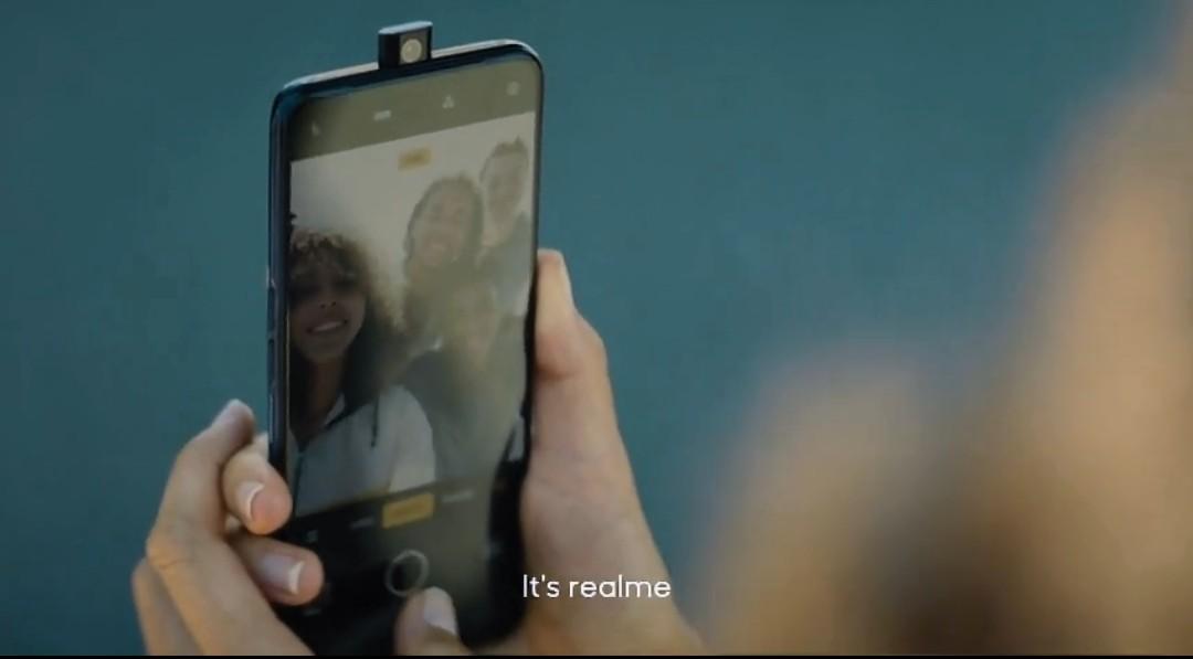 Realme Pop-up Camera